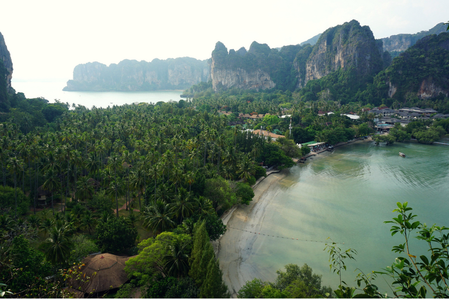 Point de vue du haut de Railay en Thaïlande